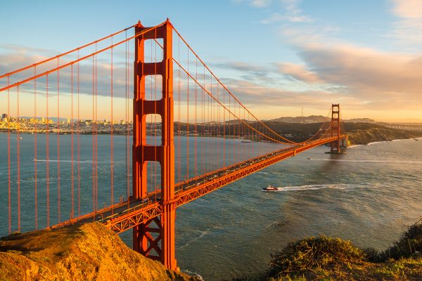 Photo of the Golden Gate Bridge located in San Francisco, California